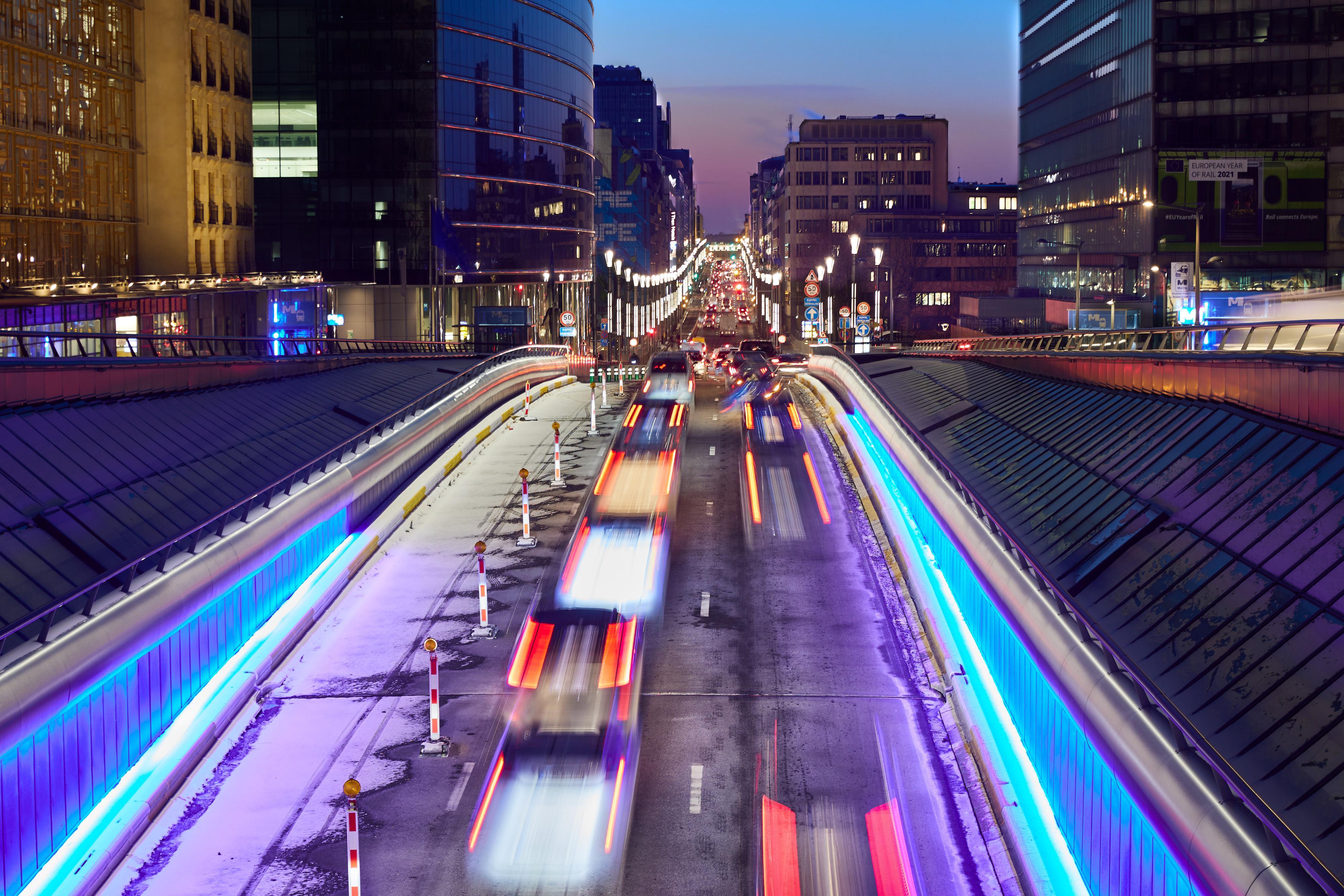 Rue de la Loi, Bryssel, yöllä